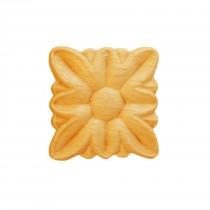 RV81 - Carved furniture ornament
